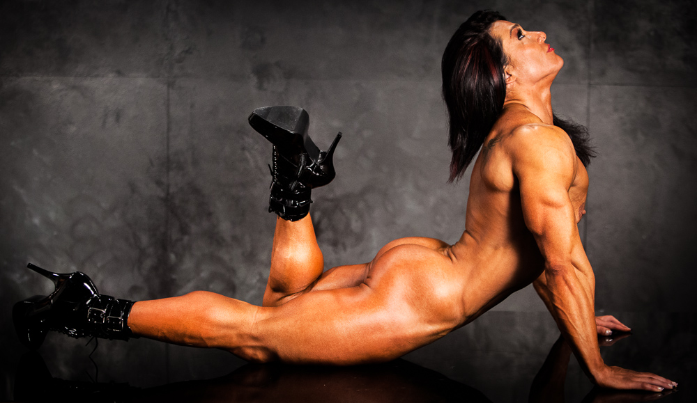 Alina Popa, Bill Dobbins, photography, photogapher, los angeles, california, women bodybuilders, bodybuilding, fitness, figure, physique, bikini, female muscle, model, nude, sexy. amazon, wrestle, domination, dominatrix,glues, abs, IFBB, NPC, Ms. Olympia, Ms. International, Arnold Weekend